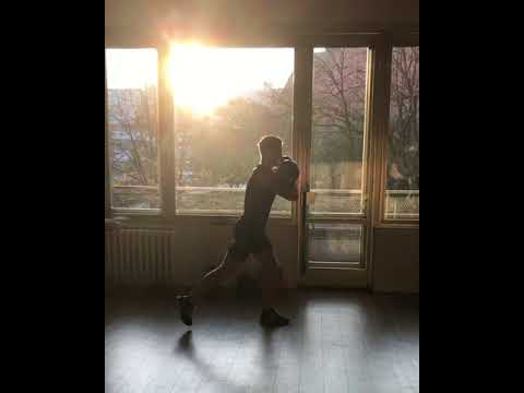 Raphael jesse from Das Trainingslager  - Leg Exercise