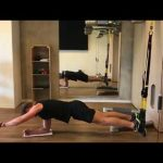 Raphael Jesse from Das Trainingslager : Exercise for your core